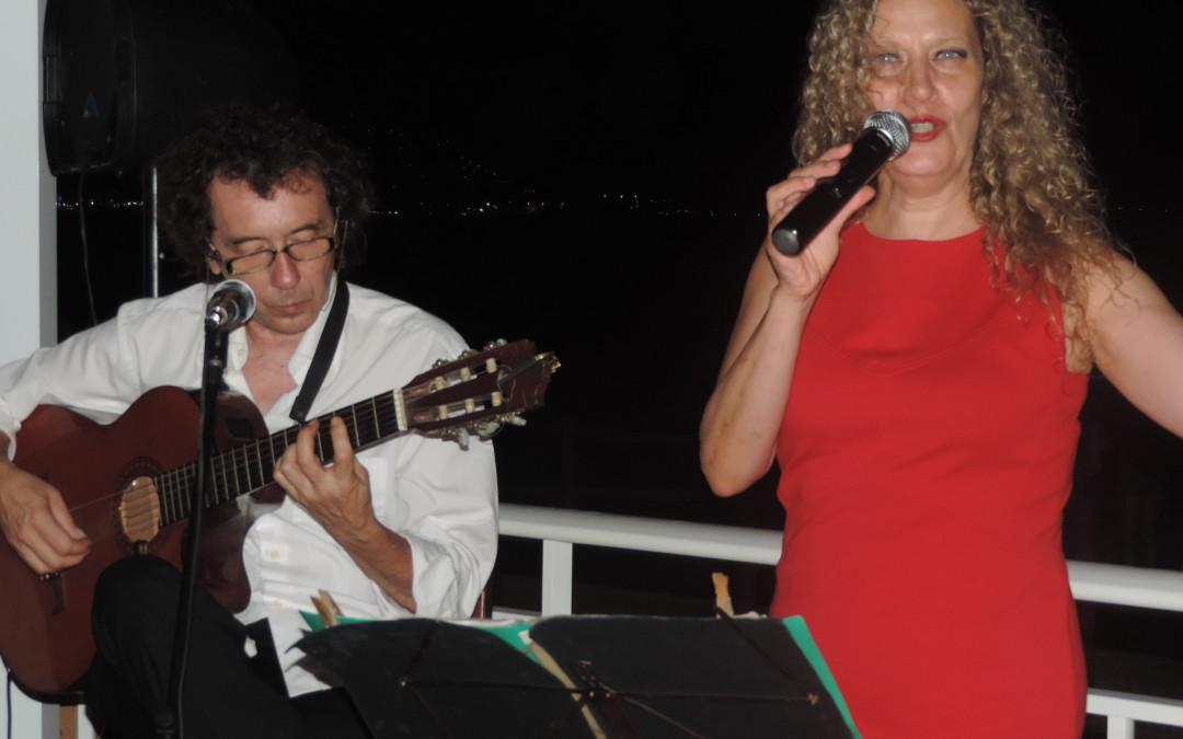 Mirando al Mar soñé…  Noches de Música y Vida en Alcossebre